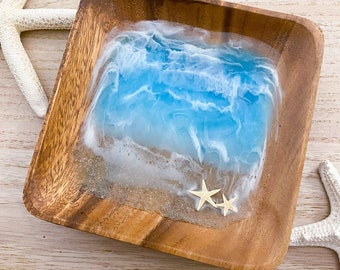 DISCOUNTED Beach Bowl - Ocean Ring Dish - Seascape Ring Dish - Trinket Dish - Square Ring Bowl - Resin Art Bowl - Acacia Wood