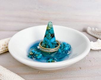Gemstone Ring Bowl - Turquoise Stone Chip - Crystal Ring Dish - Ring Tray - Trinket Dish - Resin Art Bowl - Ring Holder - Crystal Home Decor