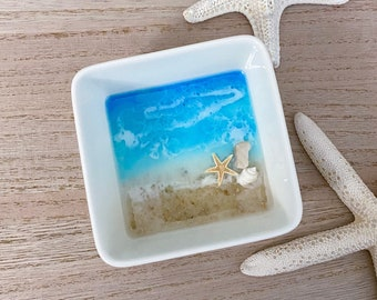 Square Beach Resin Dish - Resin Ocean Ring Bowl - Starfish Ring Bowl - Ocean Ring Dish - Beach Trinket Dish - Beach Art - Resin Art Bowl