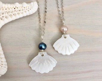 Black Pearl Seashell Necklace - Mother of Pearl Necklace - Beach Pendant Necklace - Sea Shell Jewelry - Seashell Necklace - Shell Pendant