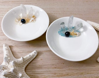 Beach Resin Bowl - Crystal Point Ring Dish - Starfish Ring Bowl - Black Pearl - Beach Trinket Dish - Mother of Pearl
