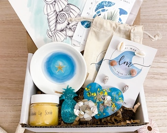 Beach Gift Box - Beach Magnets, Resin Ring Bowl, & Seashell Stud Earrings - Beach Bridesmaid Gift - Coastal Gift Box - Jewelry - Beach Lover