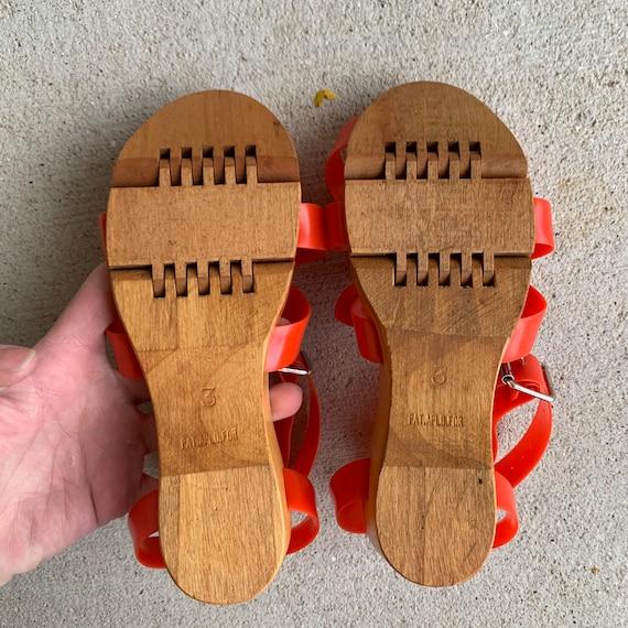 Vintage 1940s 50s Flexiclog Wooden Sandals Women'… - image 2