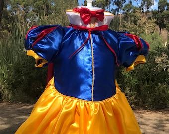 Snow White dress Snow White costume Photo shoot Snow White, Birthday dress Halloween costume, Disneyland trip  princess dress