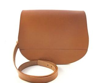 f01aa1e85b Tan Saddle Bag with Magnetic Lock - Medium Saddle Bag - Handmade - Brown Bag  - Brown Leather Bag - Leather Saddle Bag - Large Saddle Bag