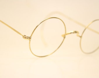 2c8fd9126194 Antique Gold Tone Windsor Eyeglasses 40mm Vintage Round Lennon Frames 9801  lens size-40mm bridge size-25mm color-Gold Round Lennon Vinta.
