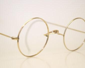 2095297ee7177 John lennon eyeglass