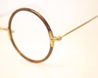 06e4b01800 John lennon glasses