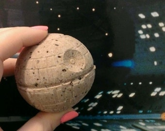 Death Star Bath Bomb - Geek bath bomb