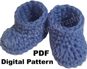 Mini Crochet Baby Booties Pattern, Doll Shoes Pattern, Pregnancy Reveal Booties Pattern, Pregnancy Announcement Shoes Pattern. PDF Download.