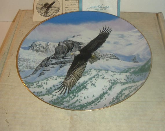 Eagle Plate Majesty of Flight Thomas Hirata COA & Box Hamilton Collection