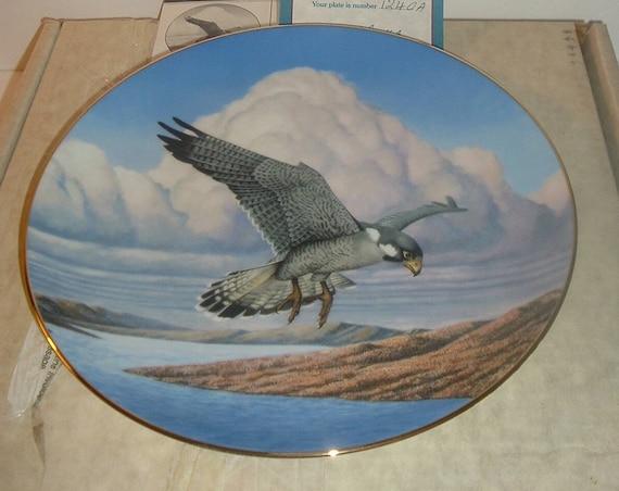 Falcon Plate Peregrine Majesty of Flight Thomas Hirata COA & Box Hamilton Collection