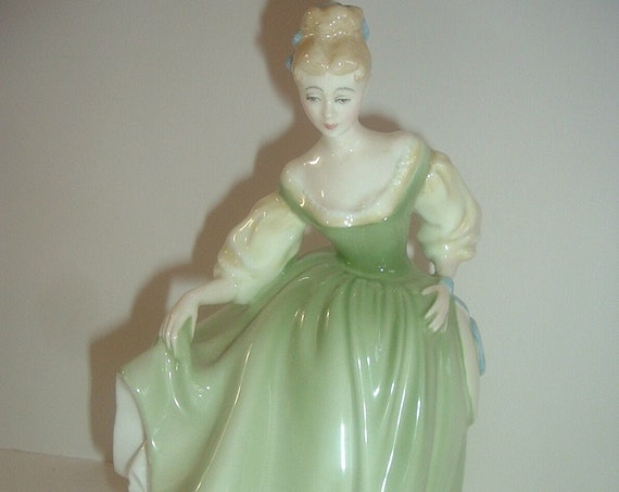 Royal Doulton HN 2193 Fair Lady Green Dress Lady Figurine