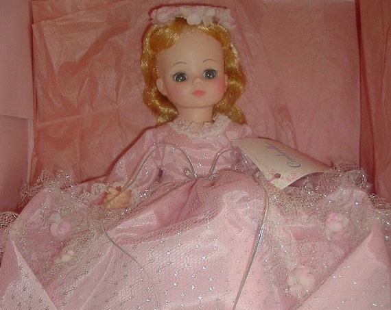 Madame Alexander Cinderella 1546 Doll in Box Vintage