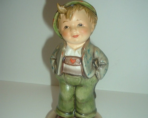 Hummel Hello World Collector's Club Boy Figurine  1989/90
