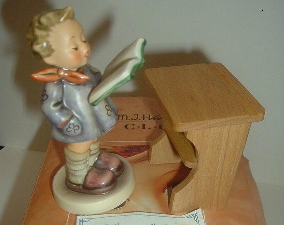 Hummel HUM 397 The Poet Figurine Exclusive Club Edition
