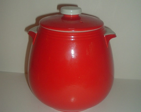 Hall China USA Red with White Tab Handled Lidded Bean Pot Beanpot Superior Quality Kitchenware Vintage