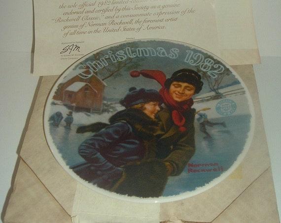 Norman Rockwell Christmas Courtship 1982 Plate w/ Box & COA