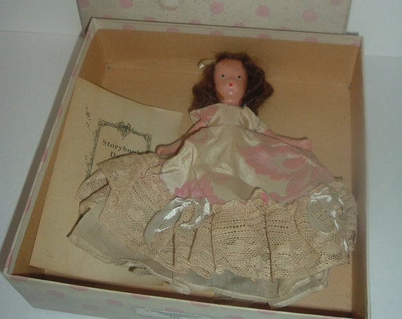 Nancy Ann Regina Lady in Waiting 255 Powder Crinoline Series Doll Vintage