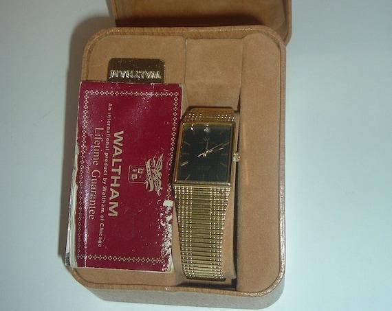 Waltham Goldtone Quartz Watch Men or Women