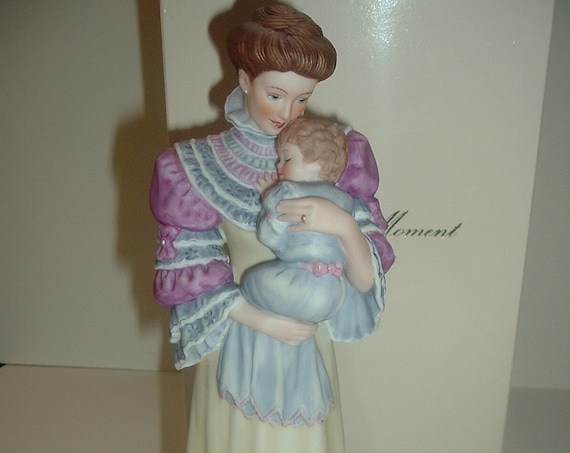 Lenox Cherished Moment Mother and Baby Figurine in box