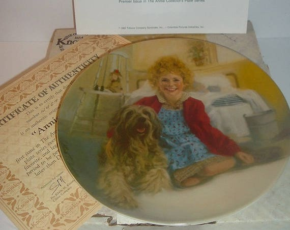 1982 Little Orphan Annie and Sandy 1st Issue Plate w Box COA
