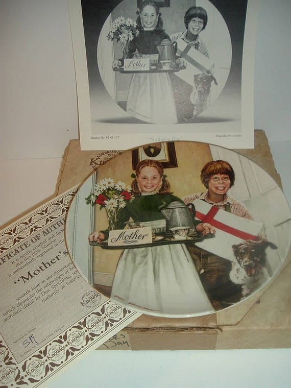 1983 Knowles Americana Holidays Mothers Day Plate w COA Box