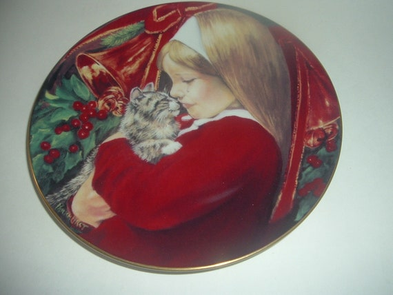 Christmas Tear by Violet Parkhurst 1st Issue Annual Plate 1981 Girl and Cat