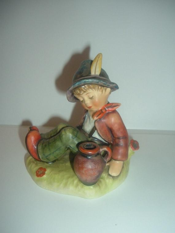 Hummel HUM 409 Coffee Break Boy Figurine
