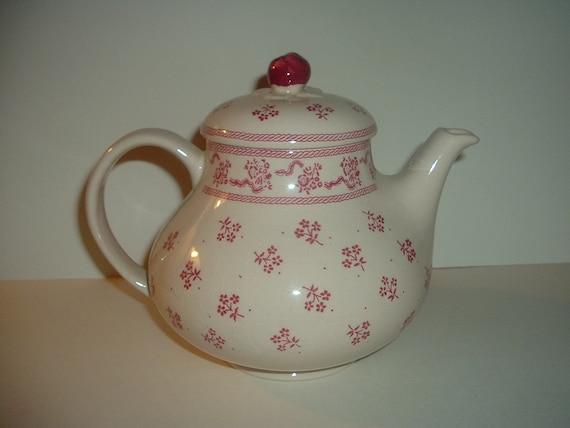 Johnson Brothers Laura Ashley Petite Fleur Teapot