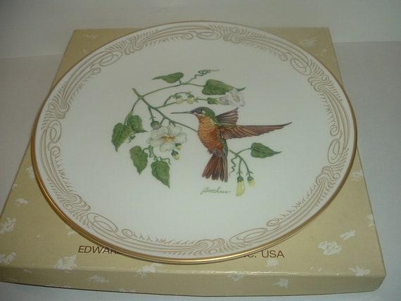 Boehm Brazilian Ruby Hummingbird Plate