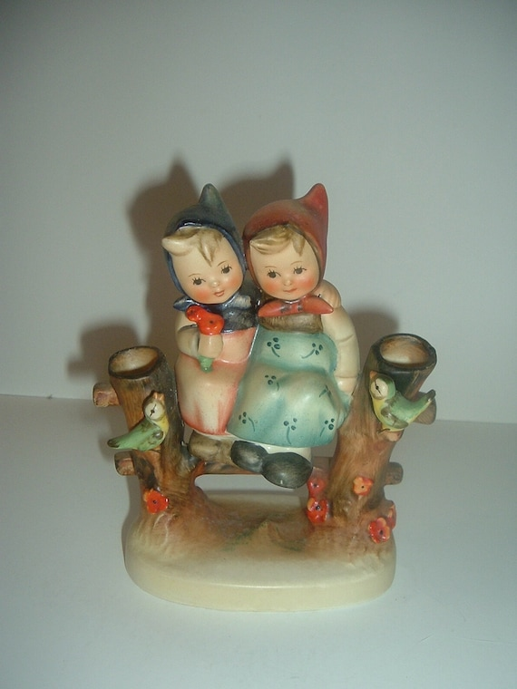 Hummel HUM 179 Coquettes Girls on Fence with Birds Figurine