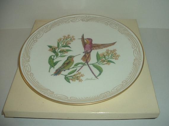 Boehm Crimson Topaz male and female Hummingbird Plate