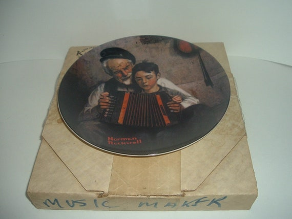 Edwin Knowles Norman Rockwell The Music Maker plate with box 1981