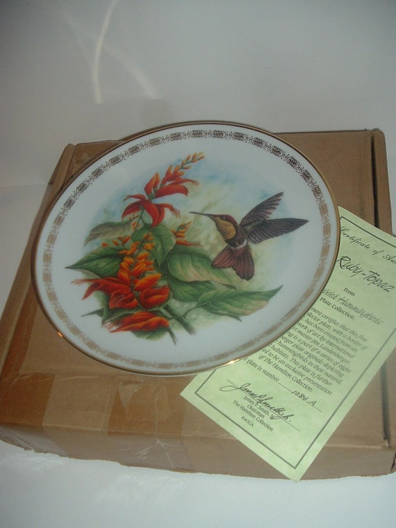 Hamilton Collection Ruby Topaz Hummingbird by Landeberger Plate w Box COA