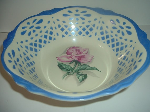 Homer Laughlin Blue Trim Pink Rose Serving Bowl