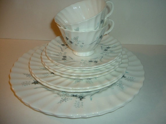 Royal Doulton Millefleur Two 5 Piece Placesettings Plates Cup Saucer