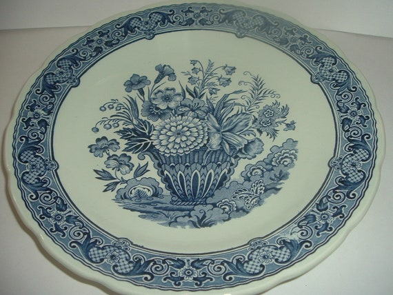 Boch Royal Sphinx Holland Delft Floral Charger Plate         RIA