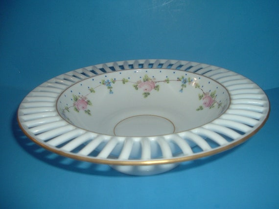Westmoreland Glass Hand Painted Roses and Forget Me Nots Centerpiece Bowl