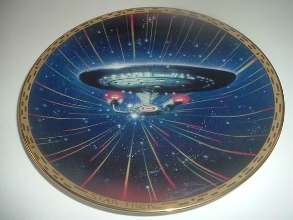 USS Enterprise Star Trek Voyagers Plate