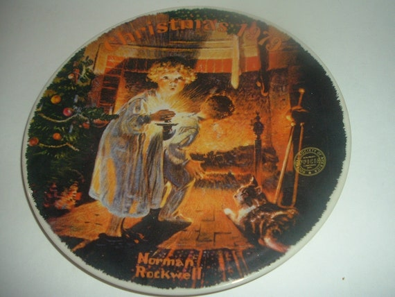 Edwin Knowles Norman Rockwell Somebody's Up There Christmas Plate 1979