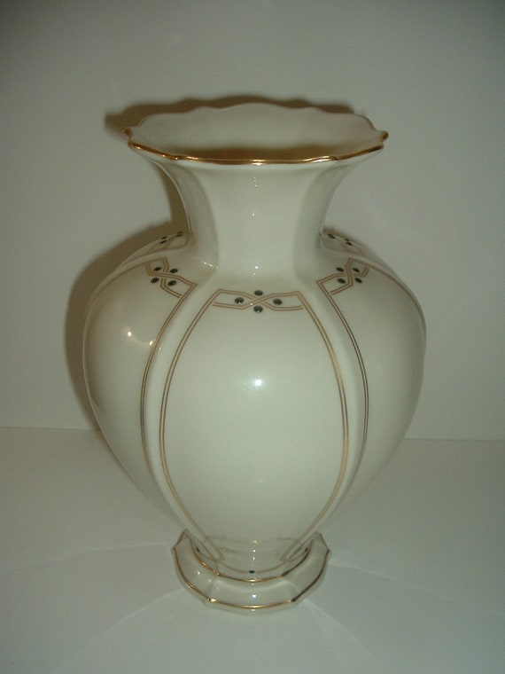 Lenox Vanguard Collection Large Vase