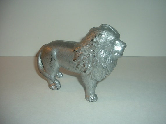 Antique Metal Lion Bank