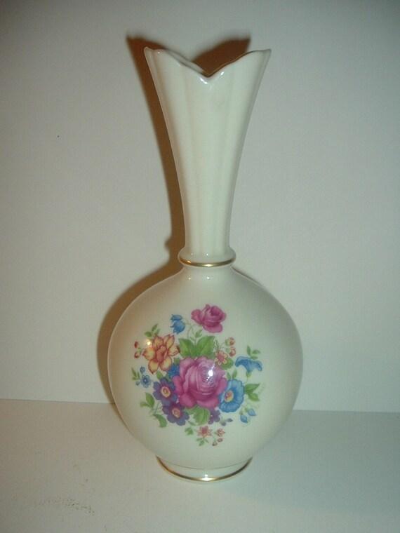 Lenox Floral Pattern Green Mark Vase