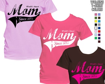 World's Finest Mom - Personalized with Year - Classic Fit Ladies' T-Shirt