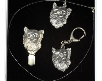 NEW, Chihuahua Longhaired, dog keyring, necklace and clipring in casket, ELEGANCE set, limited edition, ArtDog . Dog keyring for dog lovers