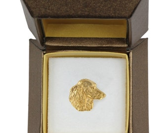 NEW, Dachshund, dog pin, in casket, gold plated, limited edition, ArtDog