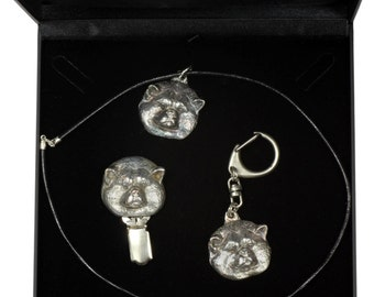 NEW, Akita Inu, dog keyring, necklace and clipring in casket, DELUXE set, limited edition, ArtDog . Dog keyring for dog lovers