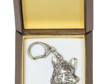 NEW, Welsh Corgi, dog keyring, key holder, in casket, limited edition, ArtDog . Dog keyring for dog lovers