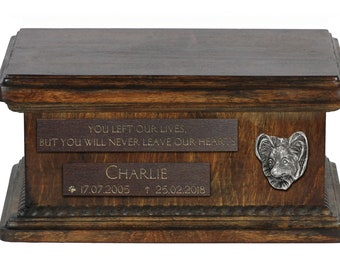 Urn for dog's ashes with relief and sentence with your dog name and date - Papillon, ART-DOG. Low model. Cremation box, Custom urn.